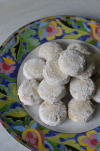 Snow Ball Cookies With Almonds