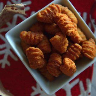 A bowl of kulkul on Christmas table.