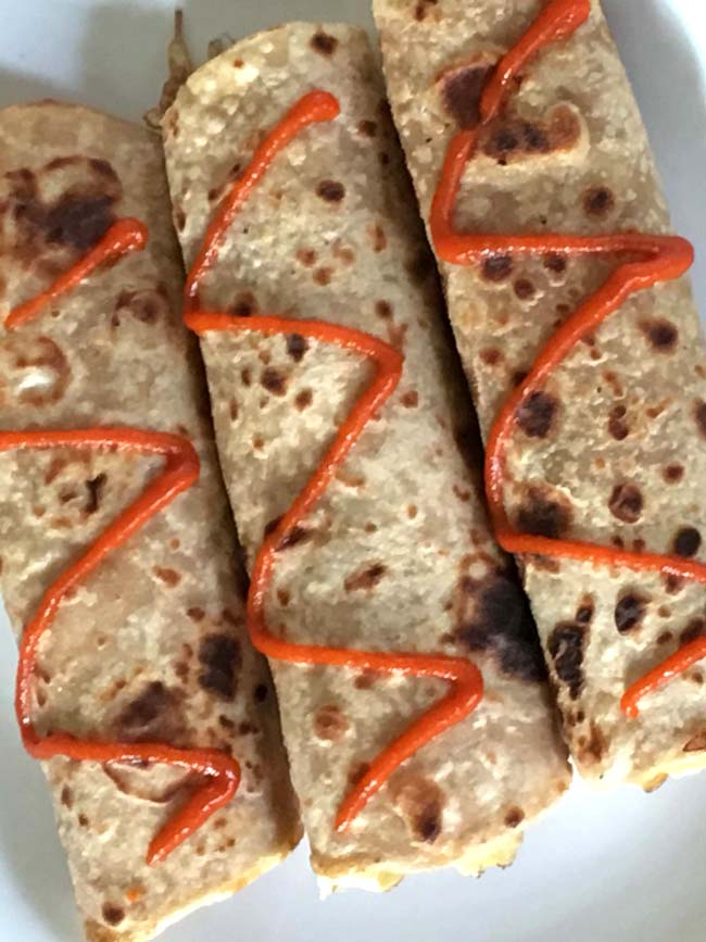 Egg Roti Rolls - Easy breakfast mad e with leftover tortillas or rotis