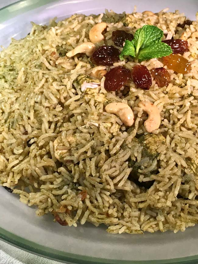 One pot Chicken Biryani With Green Spices