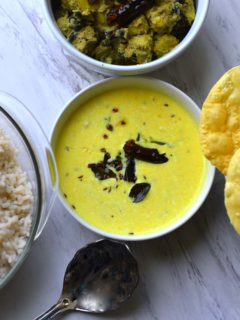 Pulisseri - Spiced yogurt Curry, Kerala Sadya Recipe