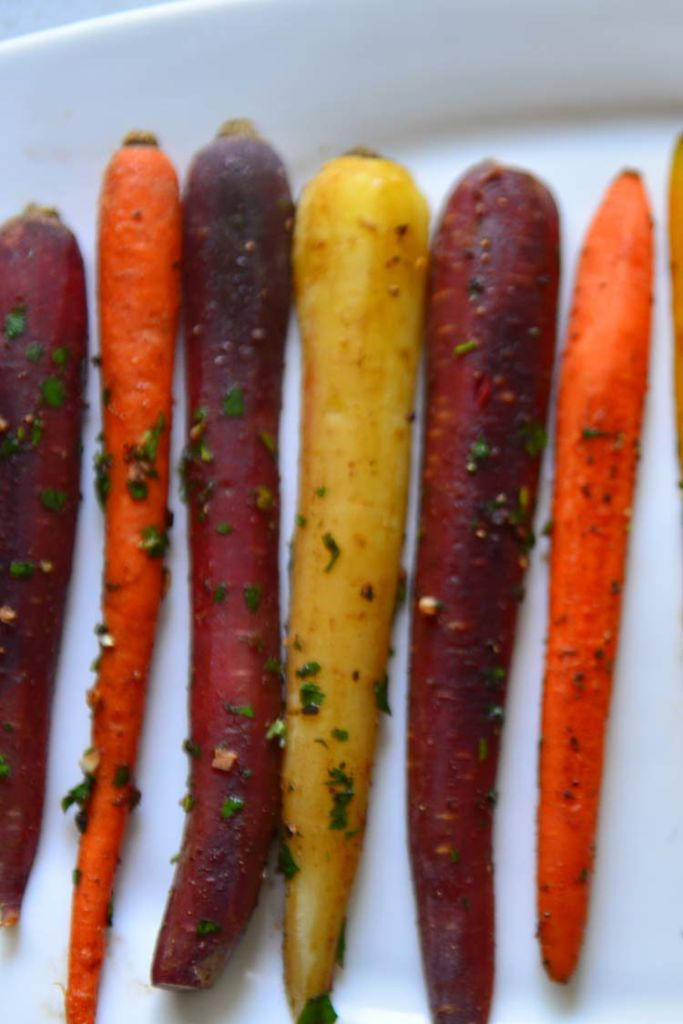 Roasted Carrots With Garlic and Parsley
