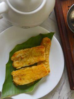 Sweet Nedrapazham or plantain fritters